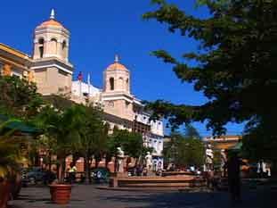 Plaza de Armas Viejo San Juan
